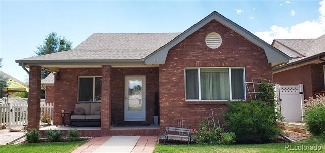 Photo of home for sale at 111 Michigan Avenue E, Berthoud CO