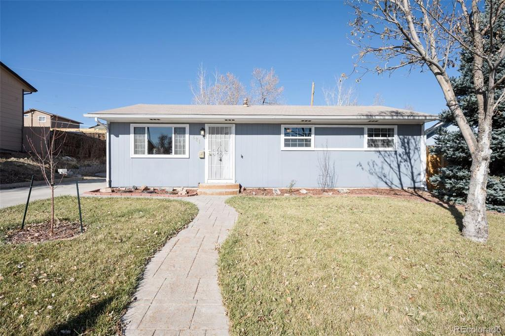 Photo of home for sale at 421 Elbert Way, Denver CO
