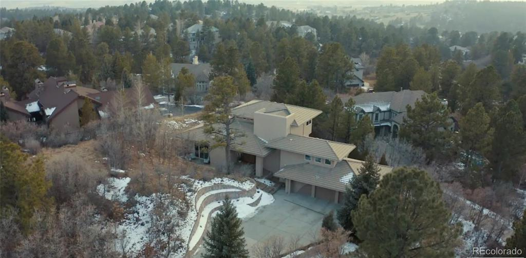 Photo of home for sale at 920 Anaconda Drive, Castle Rock CO