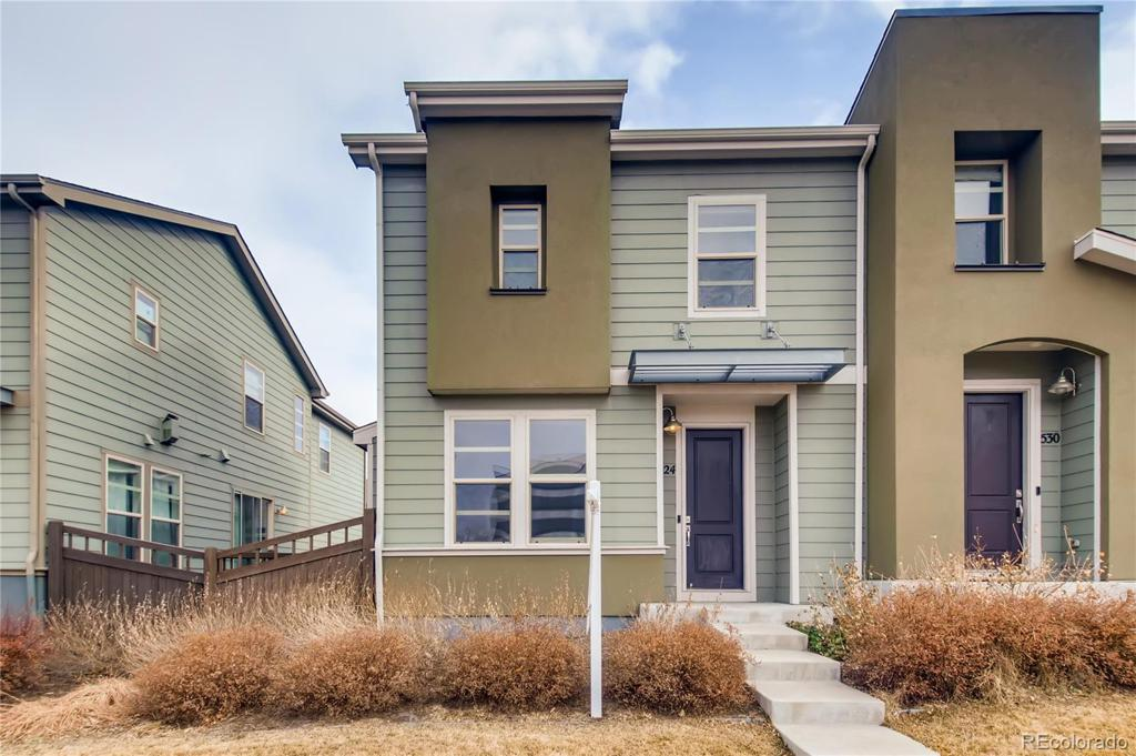 Photo of home for sale at 524 Vance Street S, Lakewood CO