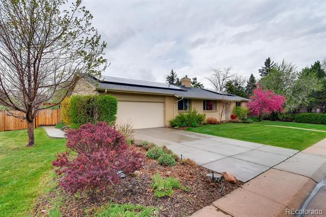 Photo of home for sale at 6131 Logan Court South, Centennial CO