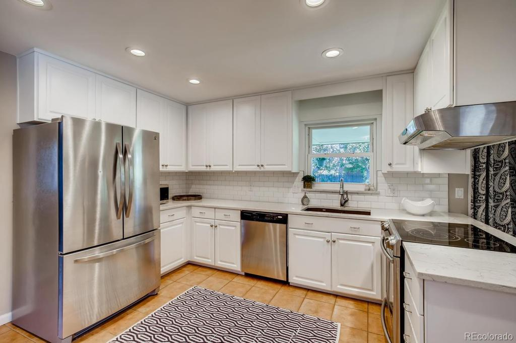 Photo of home for sale at 7105 Exposition Avenue E, Denver CO
