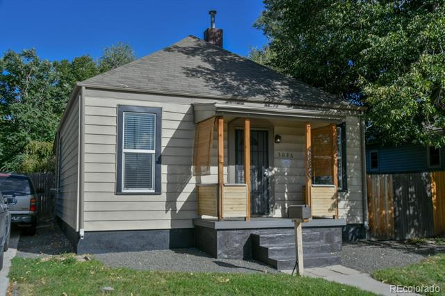 Photo of home for sale at 3036 Lincoln Street South, Englewood CO