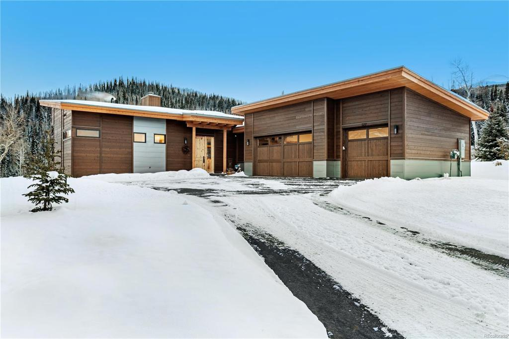 Photo of home for sale at 208 Maryland Creek Trail, Silverthorne CO