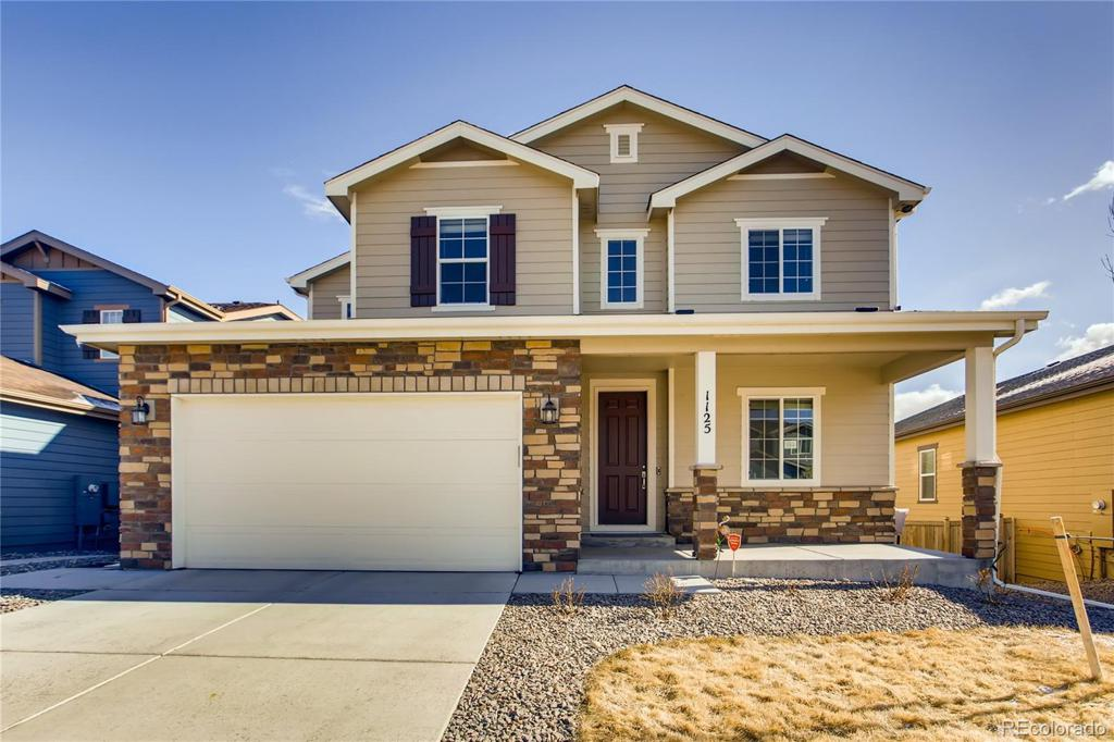 Photo of home for sale at 1125 Mcmurdo Circle, Castle Rock CO