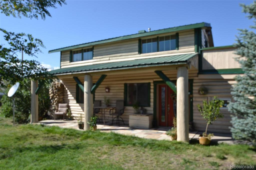 Photo of home for sale at 4820 Mcintyre Street, Golden CO