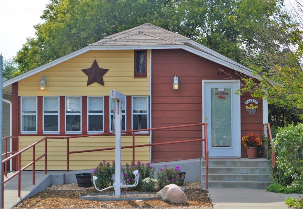 Photo of home for sale at 220 Oak Avenue, Eaton CO