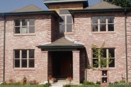 Photo of home for sale at 871 Washington Street S, Denver CO