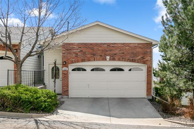 Photo of home for sale at 1888 Cole Street South, Lakewood CO