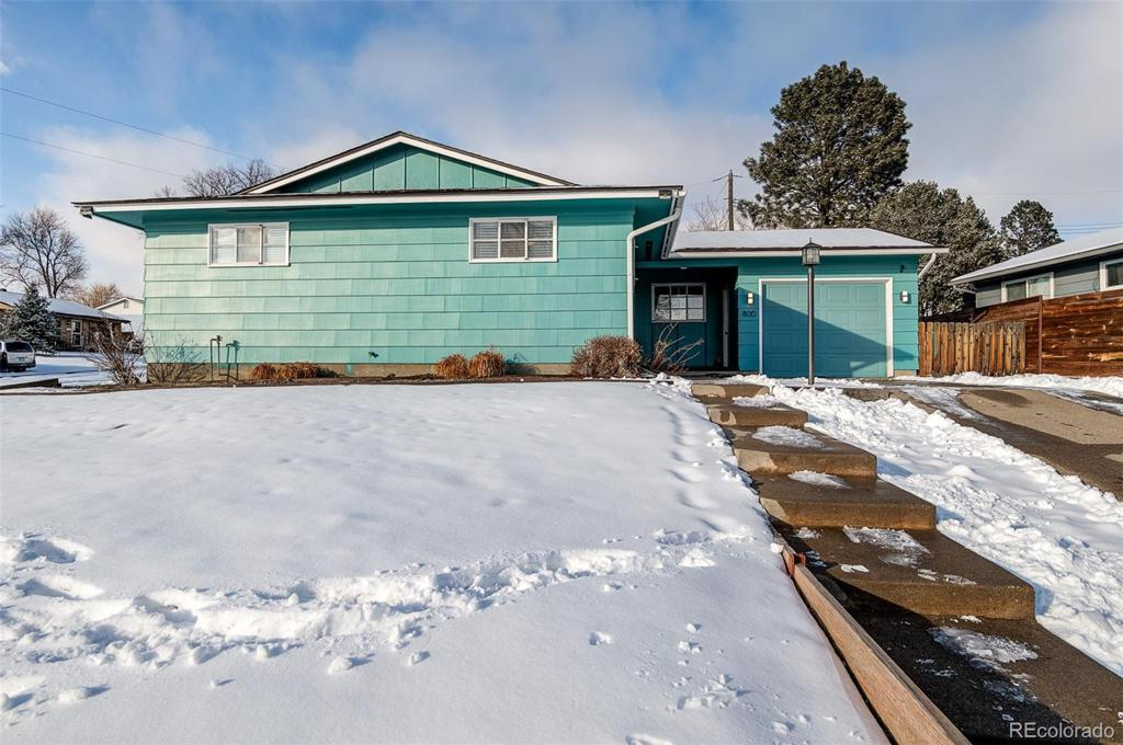 Photo of home for sale at 800 Maple Drive, Colorado Springs CO