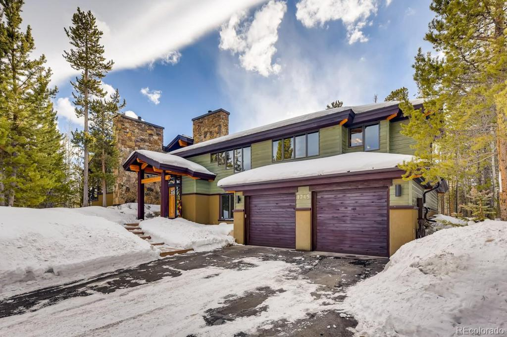 Photo of home for sale at 1745 Red Hawk Road, Silverthorne CO