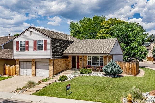 Photo of home for sale at 5151 Flower Street South, Littleton CO