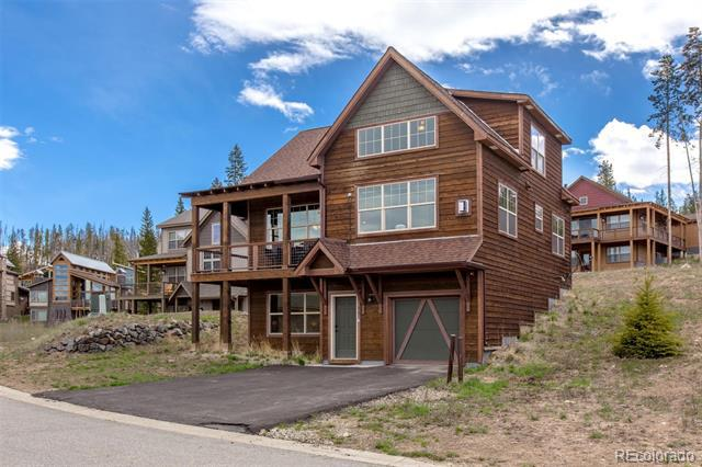 Photo of home for sale at 80 Moosehorn Court, Fraser CO