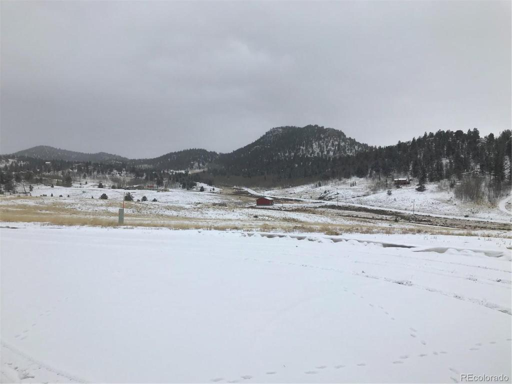 Photo of home for sale at 21 Capbox Way, Como CO