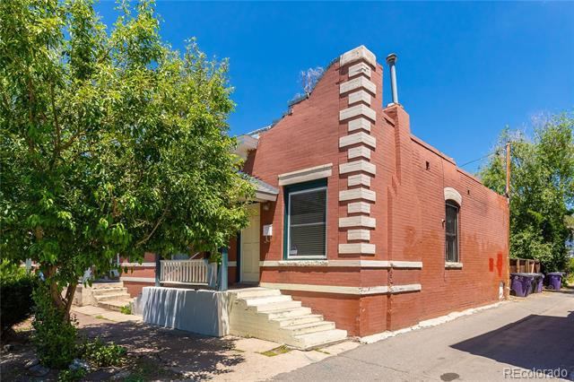 Photo of home for sale at 166 Cherokee Street South, Denver CO