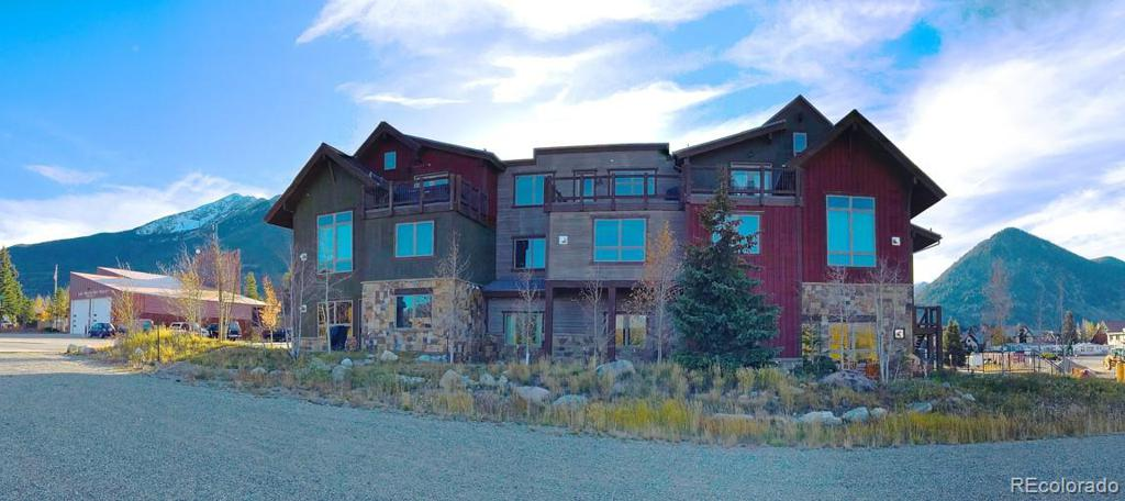 Photo of home for sale at 45 Watertower Way, Frisco CO