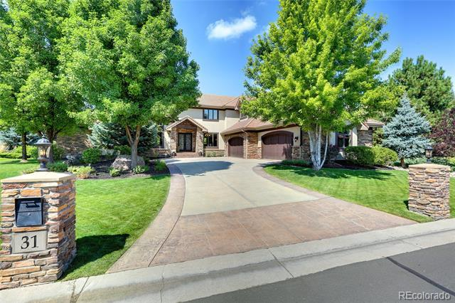 Photo of home for sale at 31 Brookhaven Lane, Littleton CO