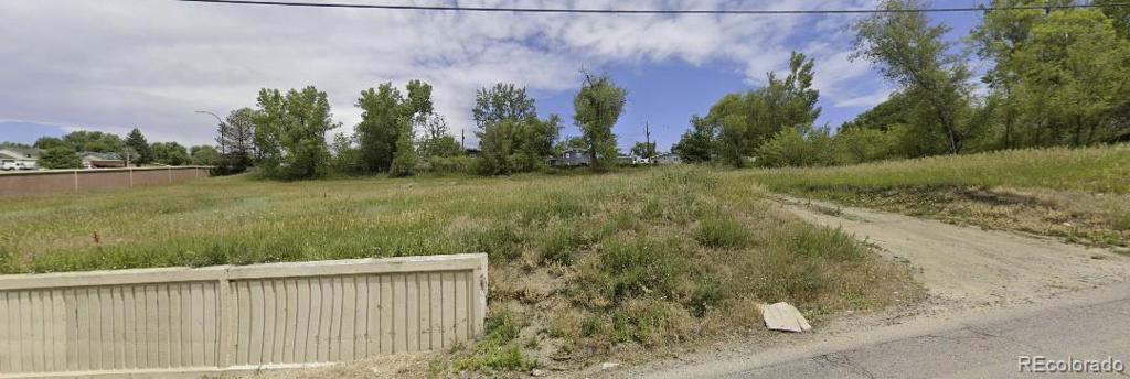 Photo of home for sale at 7335 62nd Avenue W, Arvada CO