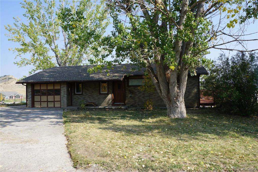 Photo of home for sale at 760 2nd. Street, Meeker CO