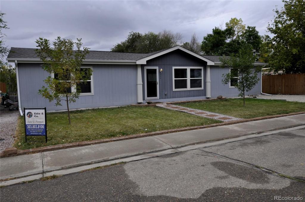 Photo of home for sale at 132 Crest, Log Lane Village CO