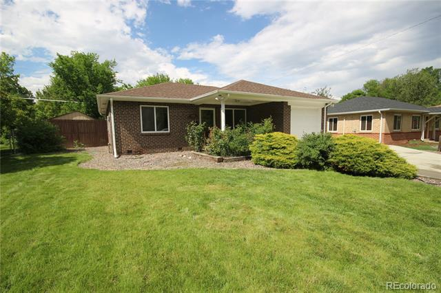 Photo of home for sale at 8101 17th Avenue W, Lakewood CO