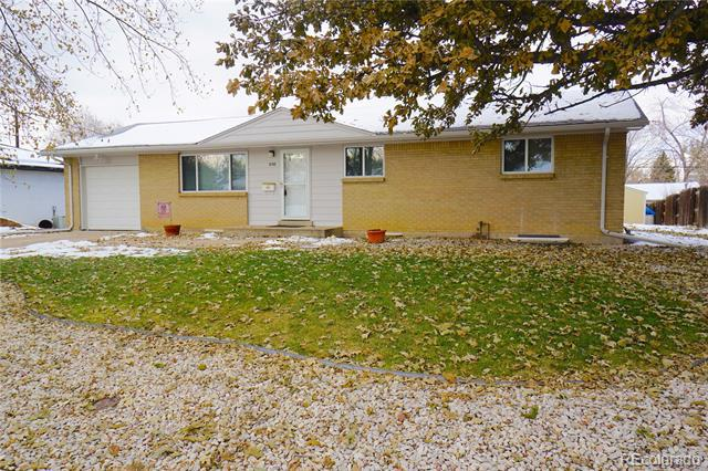 Photo of home for sale at 7158 Lincoln Way South, Centennial CO