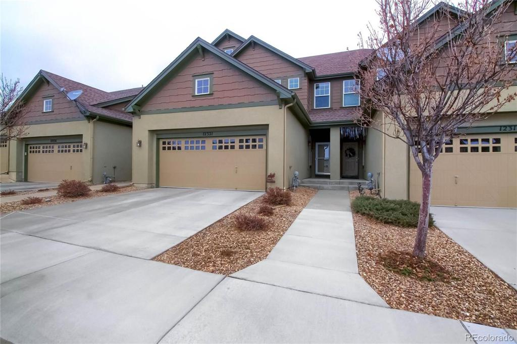 Photo of home for sale at 12321 Ida Place W, Littleton CO