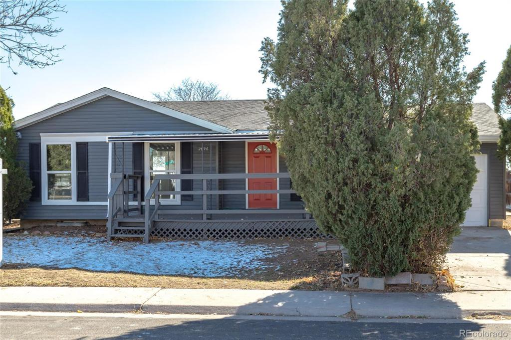 Photo of home for sale at 2696 99th Avenue E, Thornton CO