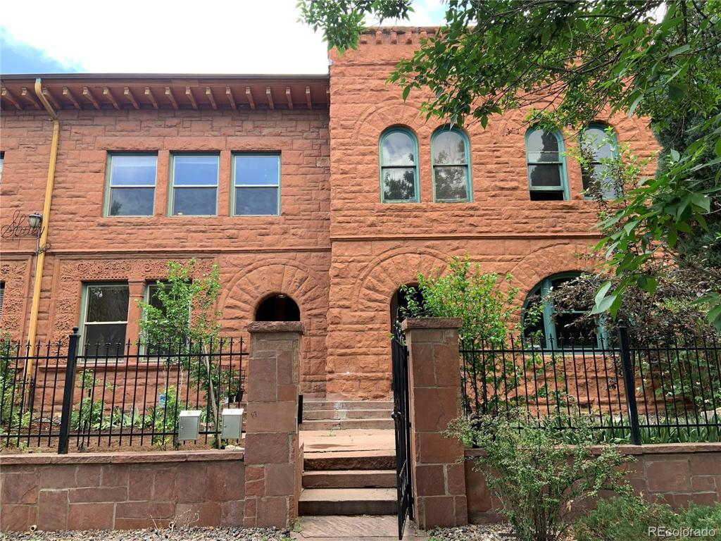Photo of home for sale at 1454 Pennsylvania Street N, Denver CO