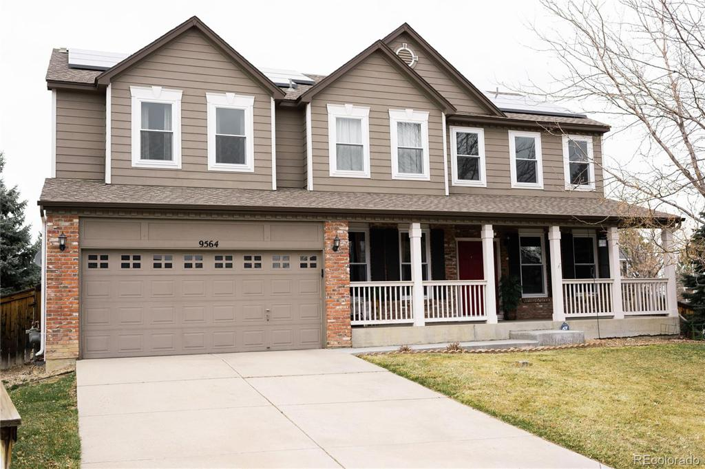Photo of home for sale at 9564 Queenscliffe Drive, Highlands Ranch CO