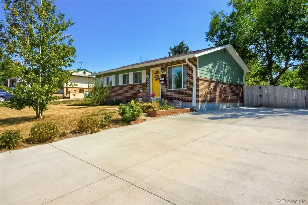 Photo of home for sale at 3520 Kellogg Place, Westminster CO