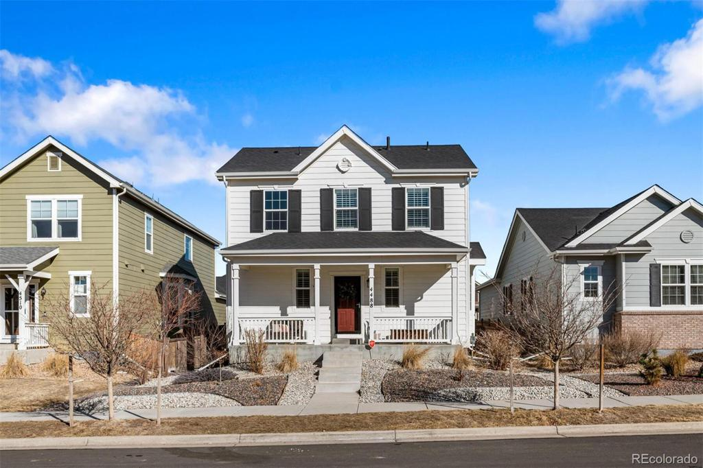 Photo of home for sale at 4488 Grapevine Way, Castle Rock CO