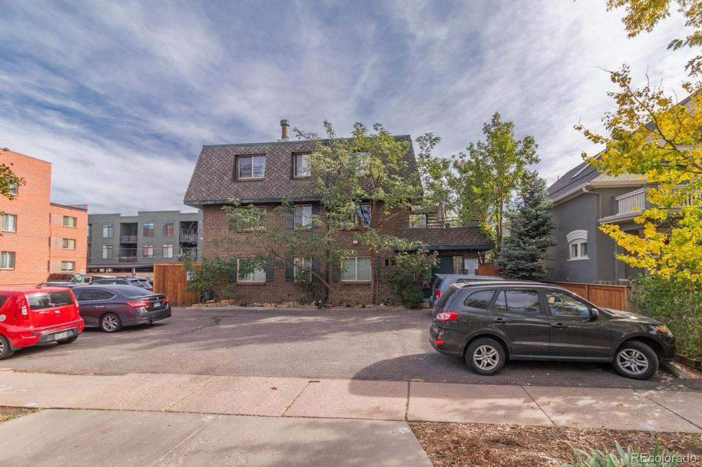 Photo of home for sale at 70 Grant Street N, Denver CO
