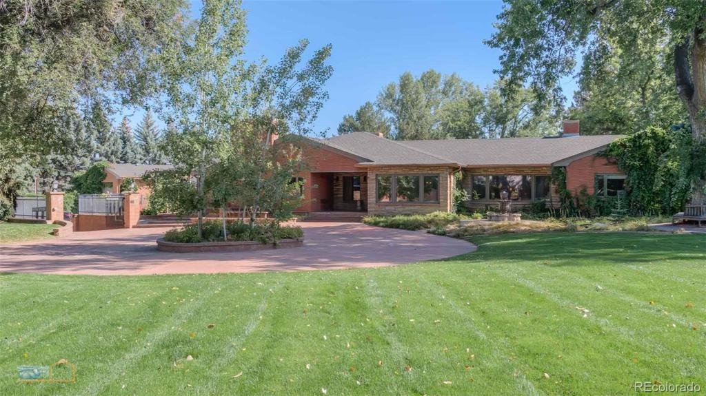 Photo of home for sale at 1921 Panorama Circle, Longmont CO