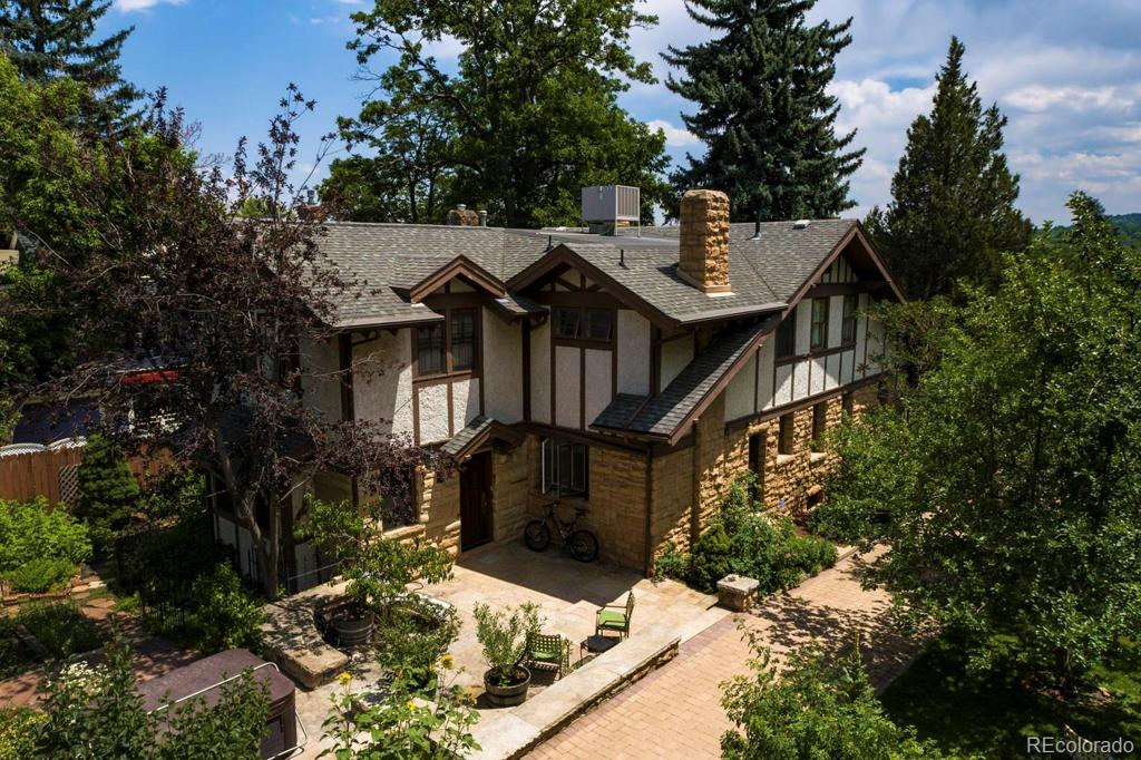 Photo of home for sale at 721 Spruce Street, Boulder CO