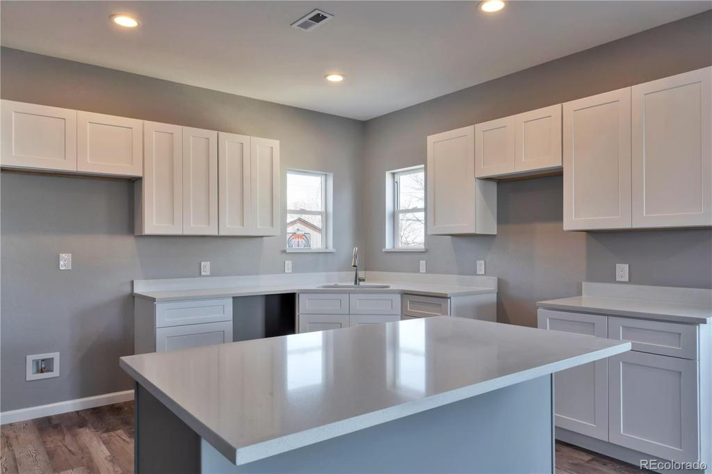Photo of home for sale at 1935 Oakland Street, Aurora CO