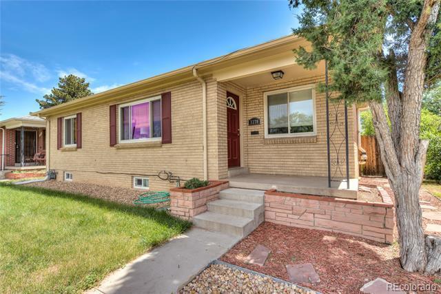 Photo of home for sale at 3270 Jasmine Street, Denver CO