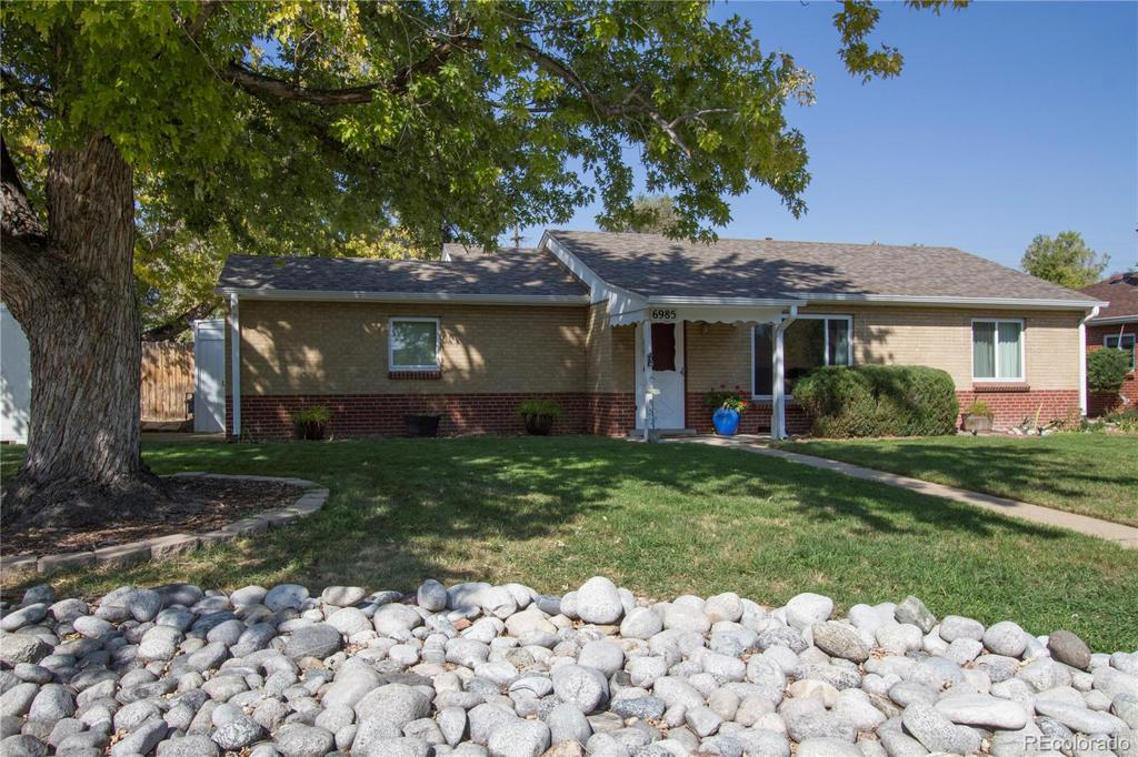Photo of home for sale at 6985 16th Avenue W, Lakewood CO