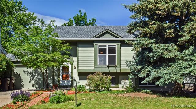 Photo of home for sale at 131 Madison Avenue South, Louisville CO