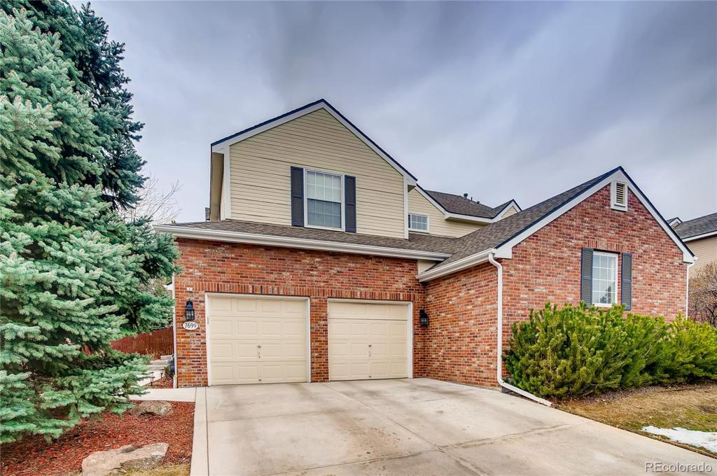 Photo of home for sale at 7699 Ivanhoe Way S, Centennial CO