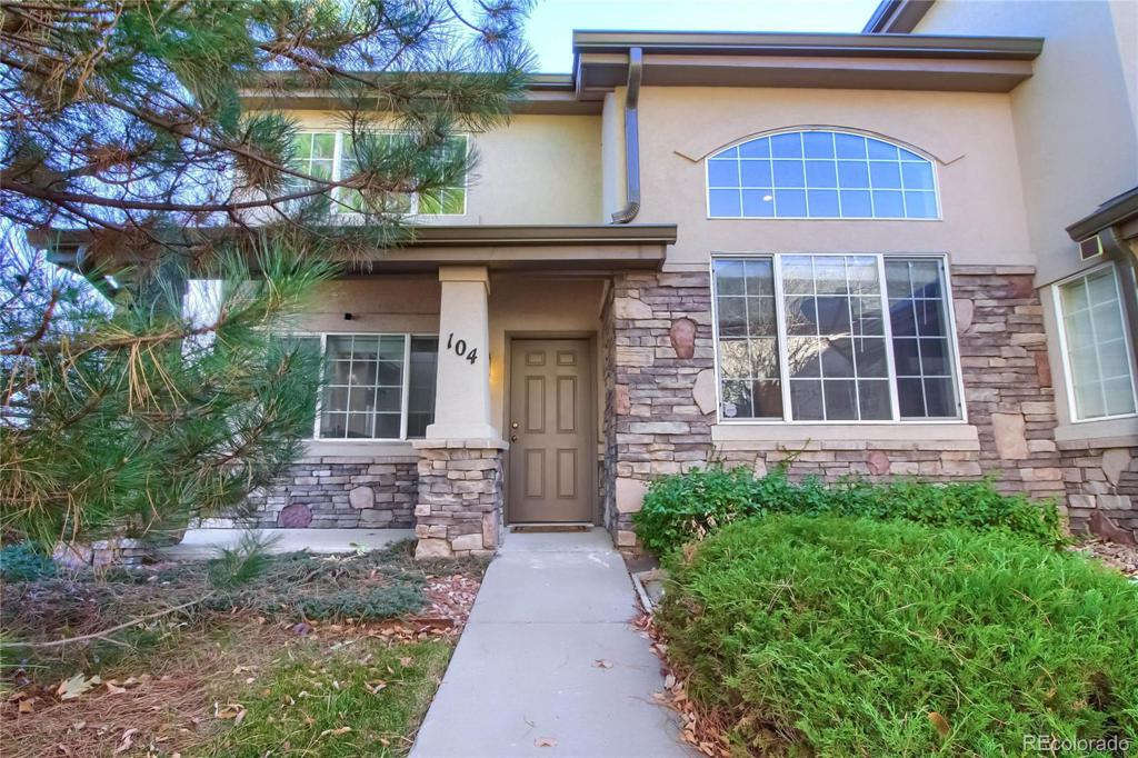 Photo of home for sale at 1455 Chambers Road S, Aurora CO