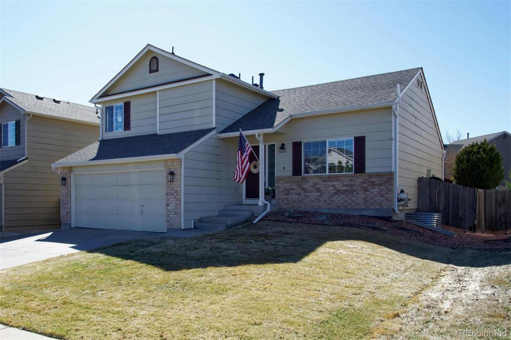 Photo of home for sale at 11326 Crestline Drive W, Littleton CO