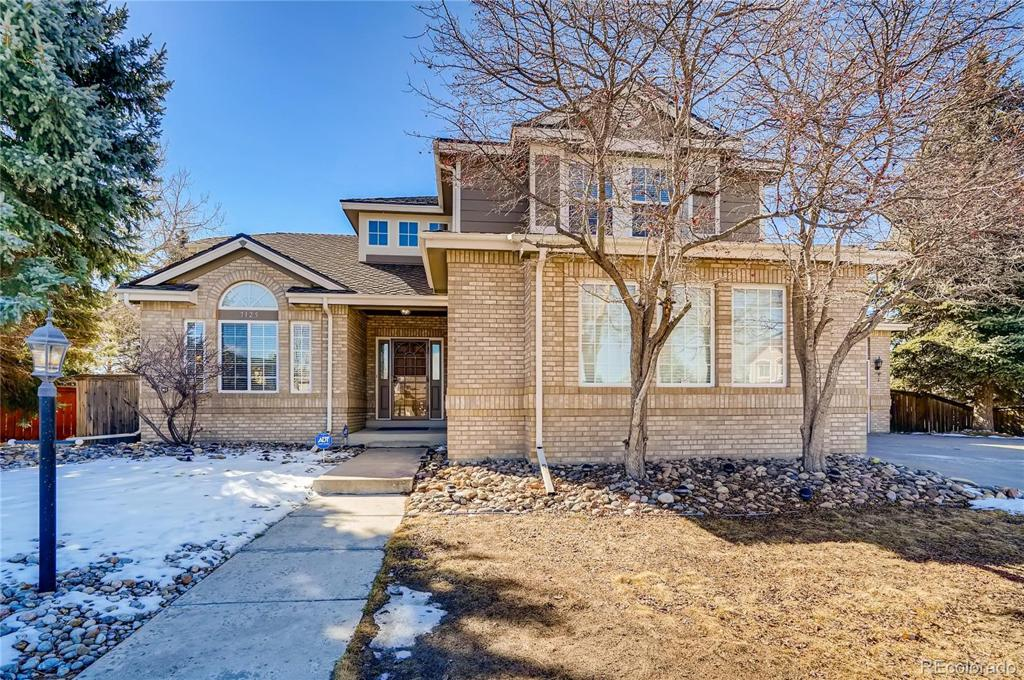 Photo of home for sale at 7125 Mountain Brush Circle, Highlands Ranch CO