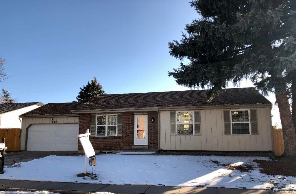 Photo of home for sale at 17124 Prentice Drive E, Centennial CO