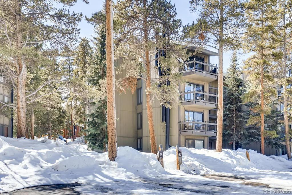 Photo of home for sale at 1075 Ski Hill Road, Breckenridge CO