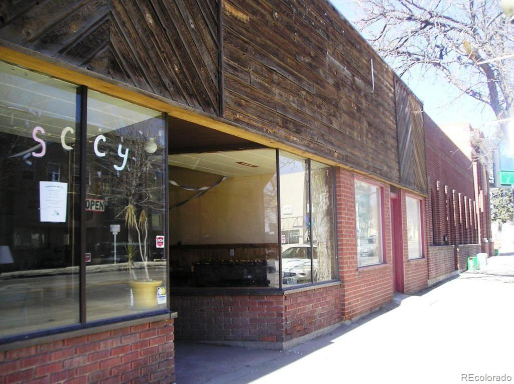Photo of home for sale at 509-511 Main Street, Walsenburg CO