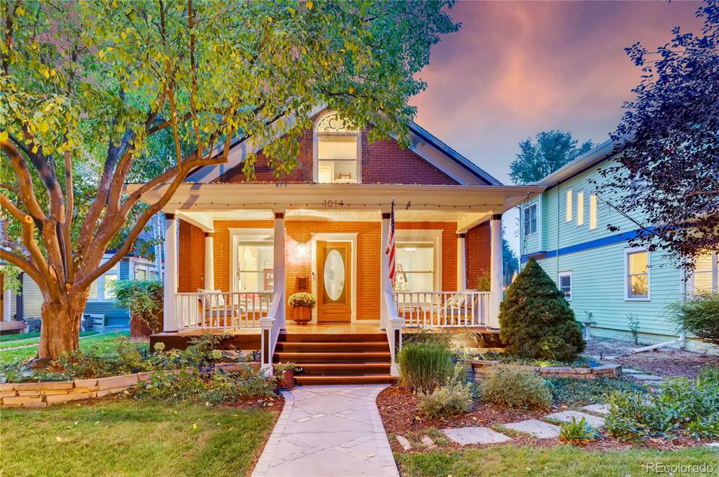 Photo of home for sale at 1014 Mountain Avenue W, Fort Collins CO