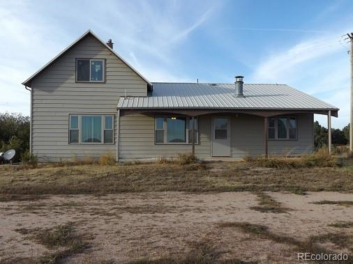 Photo of home for sale at 46326 County Road L, Yuma CO