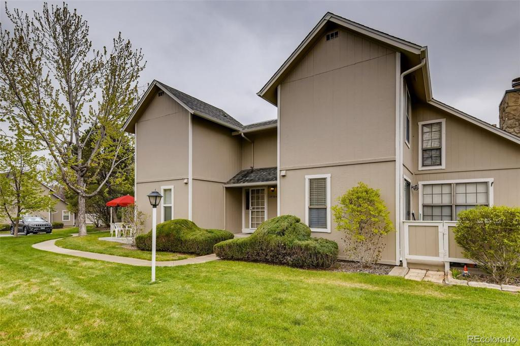 Photo of home for sale at 2629 Xanadu Way S, Aurora CO