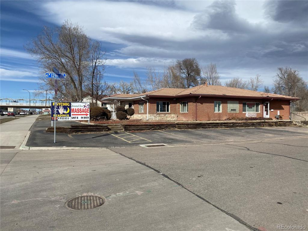 Photo of home for sale at 1200 Wadsworth Boulevard, Lakewood CO